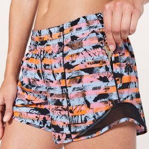 """Lululemon Hotty Hot Shorts II Long 4"""" Inversion 8"""